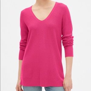 GAP V-Neck Tunic Sweater